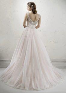 Свадебное платье из шифона с открытой спиной