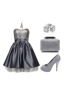 Серое платье с украшениями из серебра