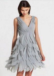 Шифоновое серое платье
