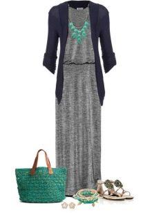 Серое платье в сочетание с зеленым