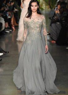 Очень красивое серое платье