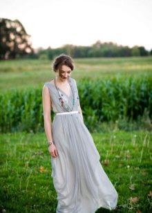 Серое шелковое платье