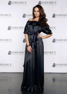 Черное длинное шелковое платье