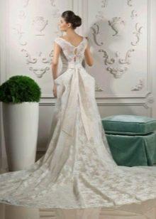 Свадебное платье от Тани Григ со шлейфом