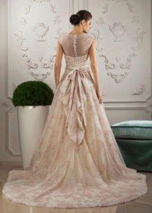 Свадебное платье от Тани Григ с бантом