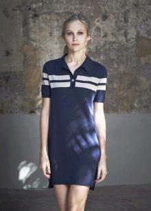 Спортивное темно-синее платье