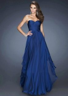 Длинное вечерне платье темно-синего цвета