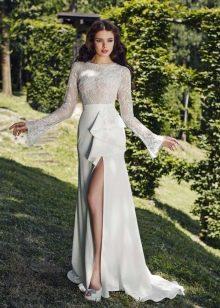 Свадебное платье от Tulipia с длинными рукавами