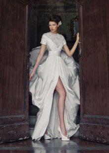 Свадебное платье от Tulipia с разрезом