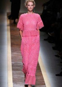 Вязаное платье с пышным рукавом