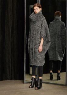 Платье свитер вязаное свободное