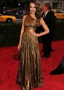 Джесика Альба в золотом платье