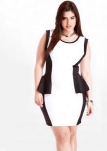 Черное-белое короткое платье с баской для полных девушек
