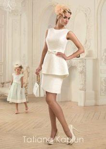 Короткое свадебное платье от Татьяны Каплун из коллекции Lady of quality с баской