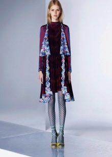Платье цветное с фантазийными колготами