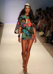 Пляжное короткое цветное платье туника