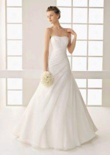 Свадебное платье а-стлуэта