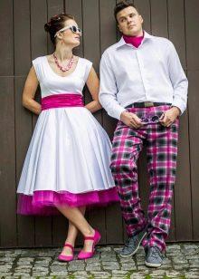 Платье свадебное с цветным подъюбником