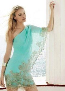 Голубое платье для блондинки