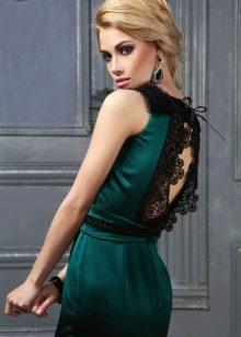 Темно-зеленое платье для блондинки