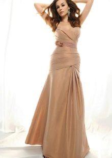 Светло-коричневое золотистое платье