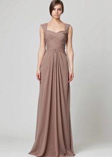 Светло-коричневое платье