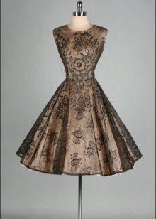 Коричнево-черное короткое платье