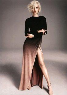 Коричнево-черное длинное платье
