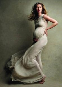 Длинное платье для беременной девушки на фотосессию - наряды на беременных для фотосессии