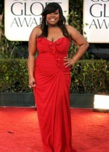 Красное платье для полных женщин со смуглой кожей