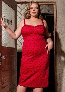 Красное платье для полных женщин блондинок