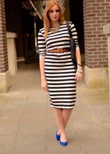 Полосатое офисное платье