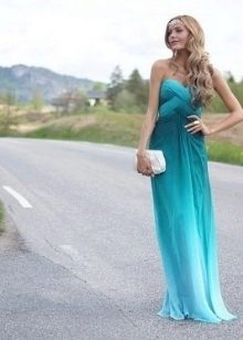 Вечернее платье цвета морской волны с переходом в голубой