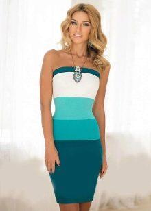 Сочетание цвета морской волны с другими цветами в платье