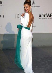 Белое платье с цветом морской волны - Виктория Боня