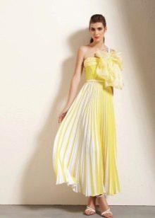 Выбор обуви к двухцветному платью