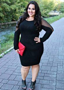 Черное платье-футляр комбинированное стрейчевой мелкой сеткой на длинных руквах для полных