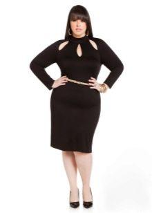 Платье-футляр с высокой горловиной и длинными рукавами для полных