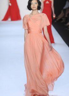 Персиковое платье в пол из шифона
