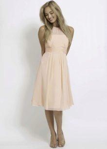 Босоножки к персиковому платью