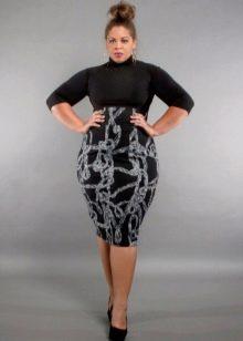 Облегающее платье с завышенной талией для полных женщин