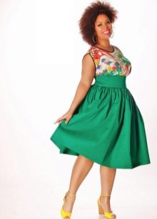 Платье с завышенной талией для полных женщин