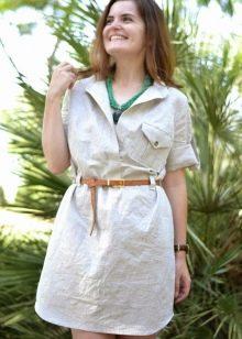 Льняное платье в стиле сафари