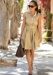 Платье сафари с пышной юбкой