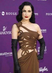 Платье шоколадного цвета в сочетание с черным
