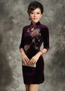 Платье в китайском стиле с рукавами