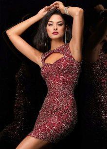 Платье в стиле диско с бисером