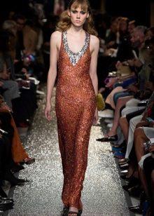 Оранжевое платье в стиле диско