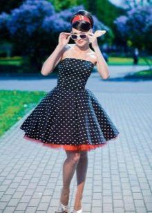 Платье в стиле рокабилли в горох