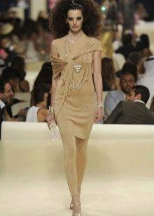 Платье телесного цвета от Шанель